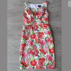 Adrianna papell sleeveless floral dress